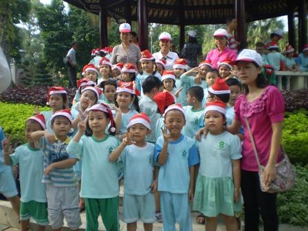 Viet Thien Phu-Dam sen kho