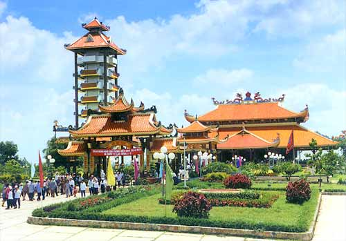 Viet Thien Phu-Den ben Duoc